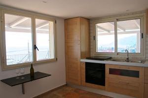 Domina Fluctuum - Penthouse in Salerno Amalfi Coast, Apartmány  Salerno - big - 27