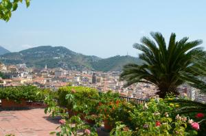 Domina Fluctuum - Penthouse in Salerno Amalfi Coast, Apartmány  Salerno - big - 31