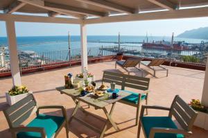 Domina Fluctuum - Penthouse in Salerno Amalfi Coast, Appartamenti  Salerno - big - 33