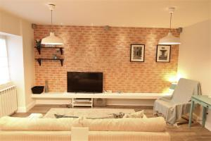 Smartline Apartment, Apartmanok  Jászvásár - big - 12