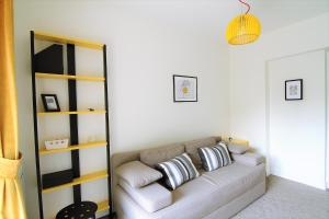 Smartline Apartment, Apartmanok  Jászvásár - big - 23