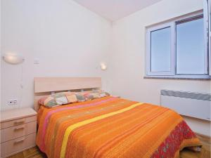 One-Bedroom Apartment in Valbandon, Apartmány  Fažana - big - 9