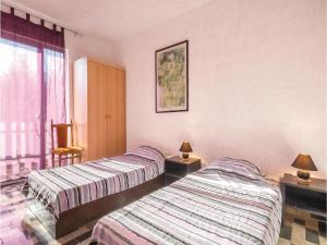 One-Bedroom Apartment in Valbandon, Appartamenti  Fažana - big - 6
