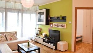 Best Area Apartment
