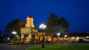 Best Western Plus Parkway Inn and Conference Centre