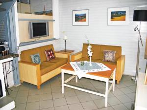 Holiday Home Kirchheim/Hessen with a Fireplace 09