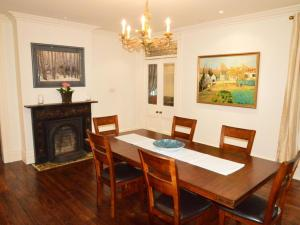 The King Street Manor Estate, Apartmanok  Niagara on the Lake - big - 4