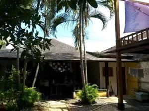 House Frangipani Legian, Guest houses  Seminyak - big - 1