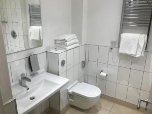 Best Western Rockingham Forest Hotel, Отели  Корби - big - 22