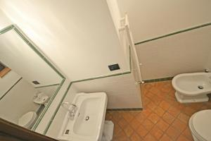 Villa Anita, Holiday homes  Cortona - big - 3