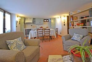 Villa Anita, Holiday homes  Cortona - big - 6