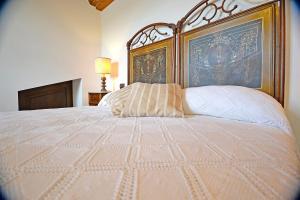 Villa Anita, Holiday homes  Cortona - big - 11