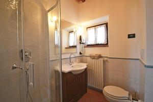 Villa Anita, Holiday homes  Cortona - big - 14