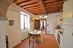 Villa Anita, Holiday homes  Cortona - big - 27