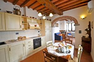 Villa Anita, Holiday homes  Cortona - big - 28