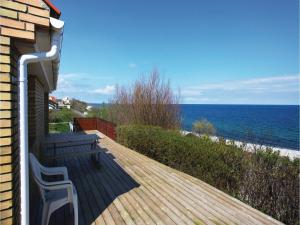 Two Bedroom Holiday home with Sea View in Sjællands Odde