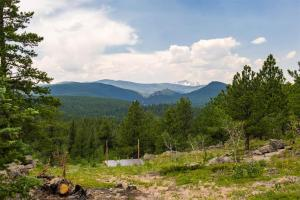 Mountain RV Experience on 35 Acres, Ferienhäuser  Black Hawk - big - 3