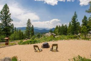 Mountain RV Experience on 35 Acres, Ferienhäuser  Black Hawk - big - 1