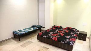 4BHK Service Apartment