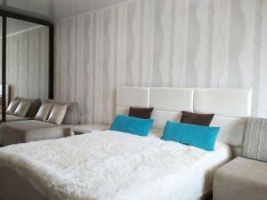 Апартаменты Рядом с Омегой - фото 11