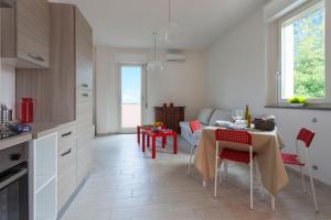 Appartamento Rocca Rosa, Apartmány  Massa - big - 11