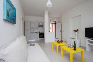Appartamento Rocca Rosa, Apartmány  Massa - big - 17