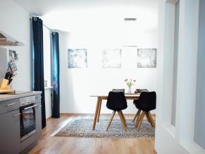 Die Gönothek - Ferienwohnungen, Apartments  Iphofen - big - 24