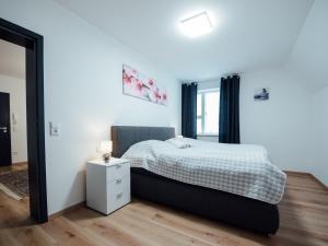 Die Gönothek - Ferienwohnungen, Apartments  Iphofen - big - 35
