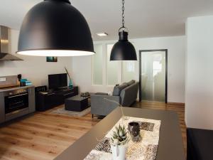 Die Gönothek - Ferienwohnungen, Apartments  Iphofen - big - 63