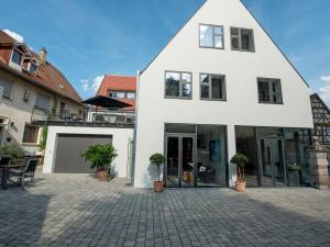 Die Gönothek - Ferienwohnungen, Apartments  Iphofen - big - 86