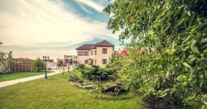 Гостевой дом Azov Club, Пересыпь