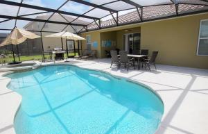 Solterra Holiday Home Five Bedroom Oaktree Villa 67, Villen  Davenport - big - 16