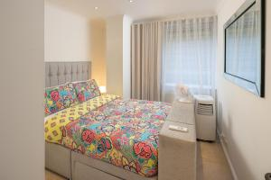 Brownhill Property, Apartmanok  London - big - 58