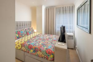 Brownhill Property, Apartmanok  London - big - 57