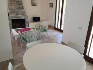 Villa Bagnaia, Ville  Sant'Anna - big - 29