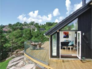 Four Bedroom Holiday Home in Sogne