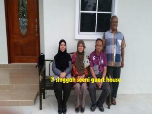 Singgah Seeni Guest House, Гостевые дома  Кампунг-Паданг-Масират - big - 20