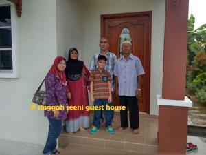 Singgah Seeni Guest House, Гостевые дома  Кампунг-Паданг-Масират - big - 21