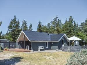 Three Bedroom Holiday Home in Romo