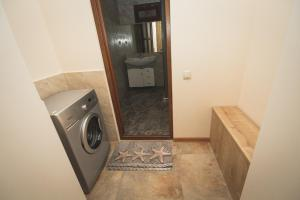 Sweet Home, Apartmány  Yerevan - big - 27
