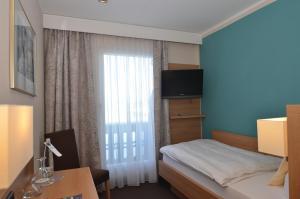 Seehotel Grauer Bär, Отели  Кохель-ам-Зее - big - 23