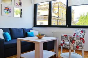 SarLux City Center Apartment