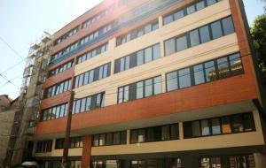 SarLux City Center Apartment - фото 5