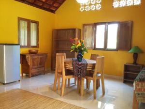 Bali Bila Bungalow, Vendégházak  Kubutambahan - big - 2