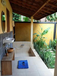 Bali Bila Bungalow, Guest houses  Kubutambahan - big - 35