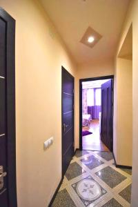Cozy Three Rooms Republic Square in Center Yerevan, Apartments  Yerevan - big - 21