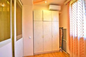Cozy Three Rooms Republic Square in Center Yerevan, Apartments  Yerevan - big - 9