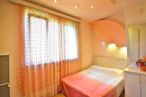 Cozy Three Rooms Republic Square in Center Yerevan, Apartments  Yerevan - big - 7