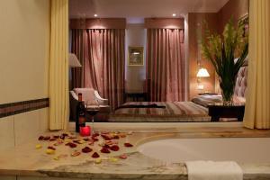 Отель Швейцарский - фото 10