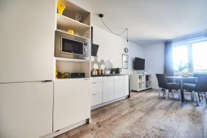Yellow Stone Apartment